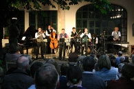 Budapest Ragtime Band a kertben