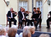Varga Gábor (klarinét) és a Liszt Ferenc Kamarazenekar